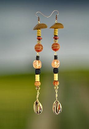 Wood Flavor Golden Shell Earrings