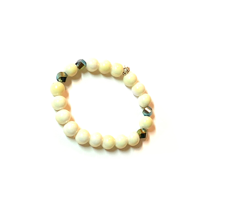 Creamy and shimmer green slip on style bracelet