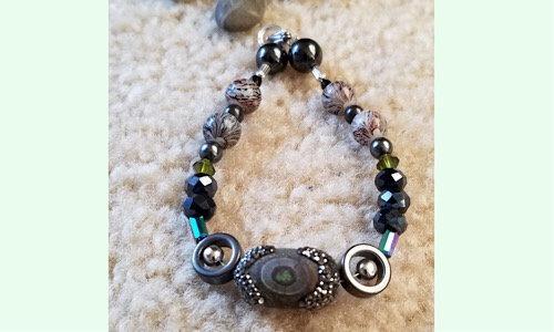 Grey Grey parrot  stone bracelet