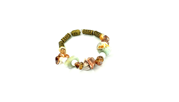 Ocean bottoms smooth shell bracelet