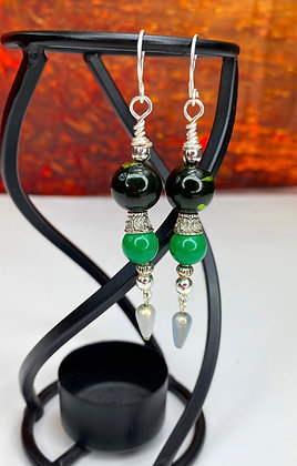 Grasshopper Green Beaded Earrings