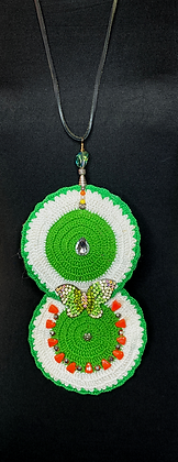 Butter fly crochet oval green white casual chic necklace