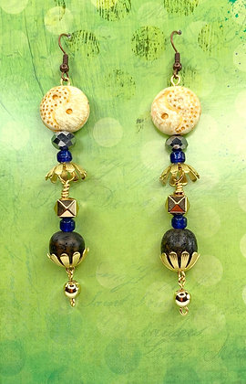 Lady Golden Jeweled Flowered Earrings