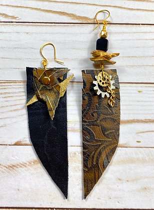 New Town Lady Leather Earrings