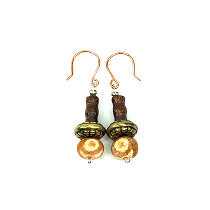 Natural agate stone earrings with bronze details shabby chic