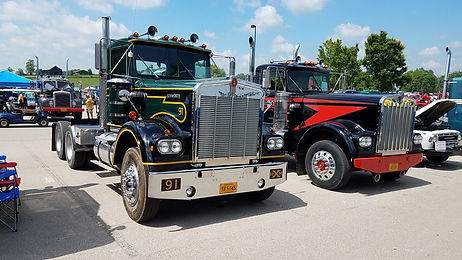 Pair-of-old-semi-trucks.jpg