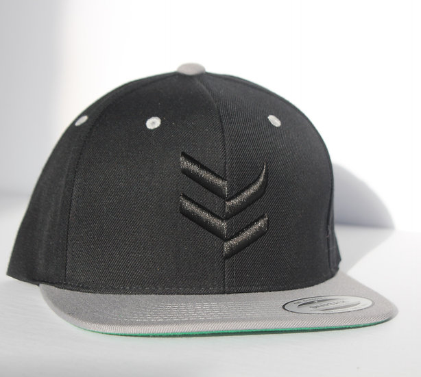 Snapback Black with Grey
