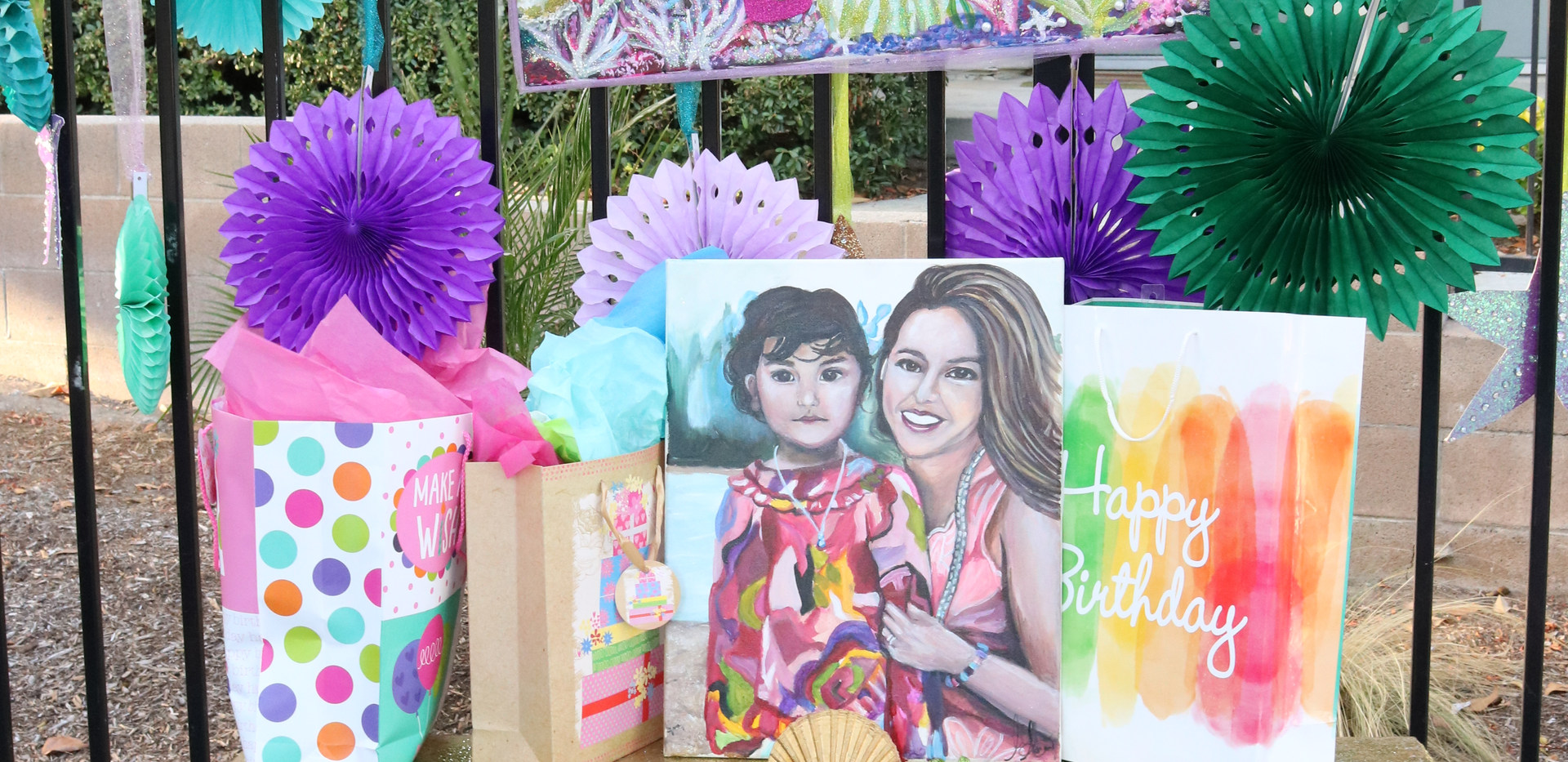 Emma gift table and custom portrait