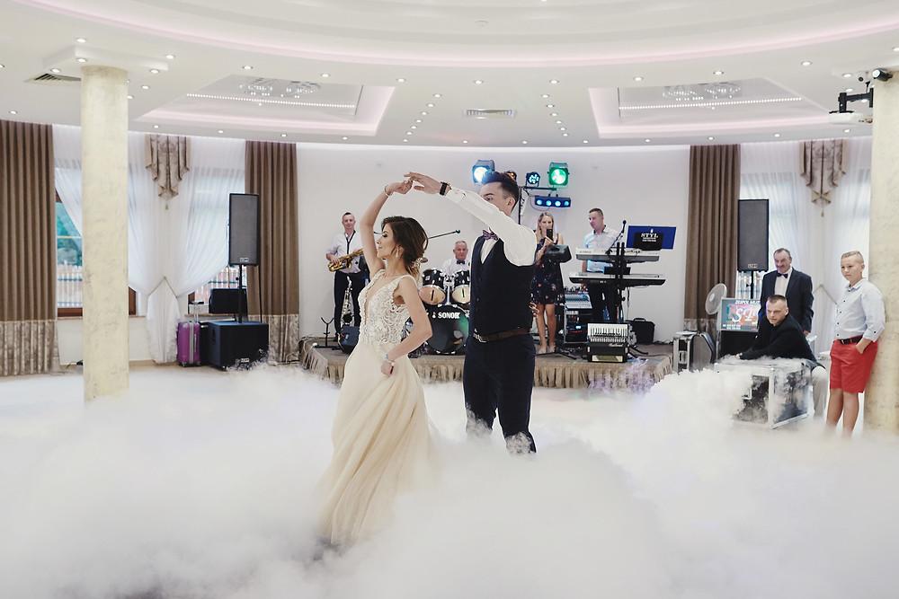 ile kosztuje taniec w chmurach