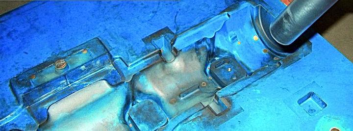 zastosowanie technologii czyszczenia suchym lodem