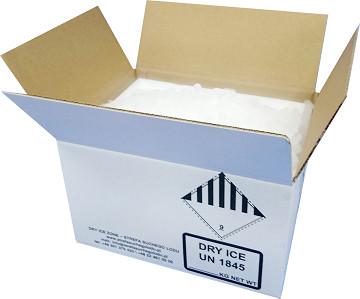 Zestaw wysyłkowy zawierający 10 kg suchego lodu.