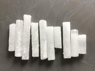Ile suchego lodu jest potrzebne do wytwornicy ciężkiego dymu