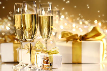 Champagne%20with%20boxes%20header_edited
