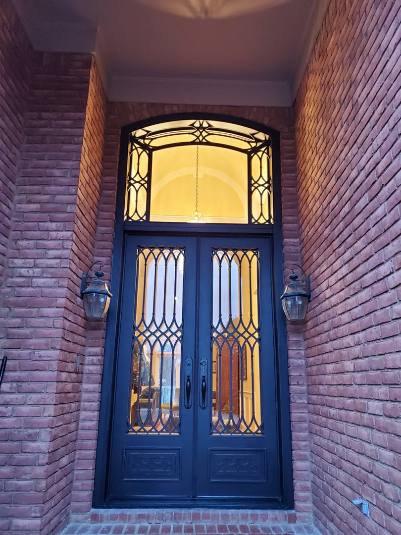 Cathedral double with transom (4)