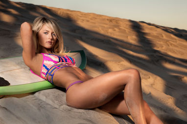 Fstoppers flash disk sexy surfer girl sports illustrated body issue charleston