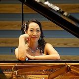 yukako higuchi(piano).jpg