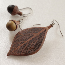 wooden acorn and leaf