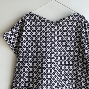Made-to-order | Sleeved Square cloth Pullover -YUKATA fabric, diamond-shaped basket pattern