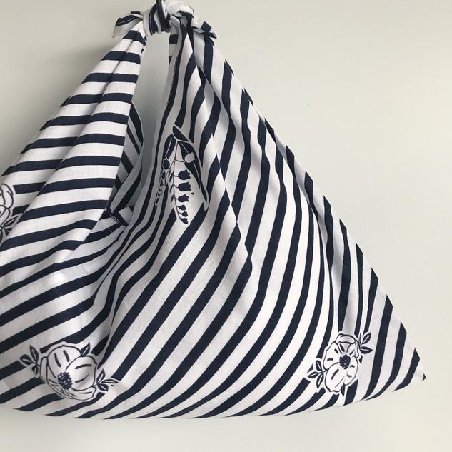 AZUMA BUKURO, AZUMA bag - YUKATA fabric, cotton, white & navy blue stripe with flower