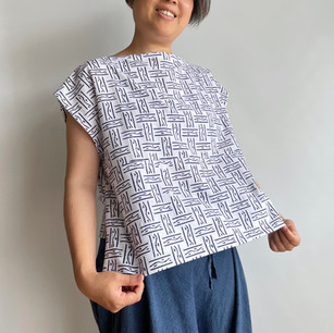 YUKATA, geometrical pattern on white