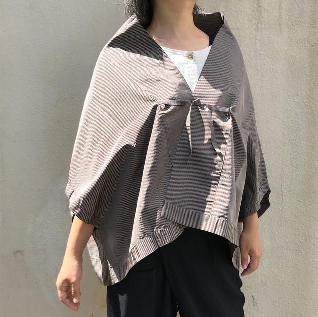 Triangle HAORI, original KIMONO jacket, gray, red and blue stripe TANZEN silk
