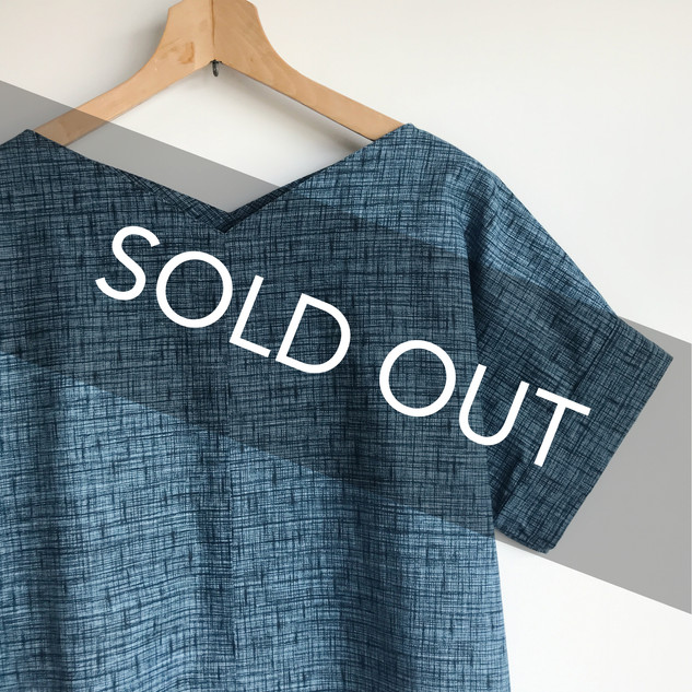 Square pull-over blouse with sleeves -deep blue YUKATA-Ji