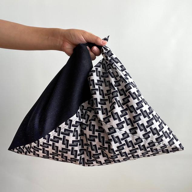AZUMA bag, 2 colors, Navy wool and basket pattern YUKATA fabric