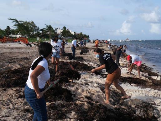 Comunidad Religiosa de Puerto  Morelos Participa en Jornada de Limpieza de Playas