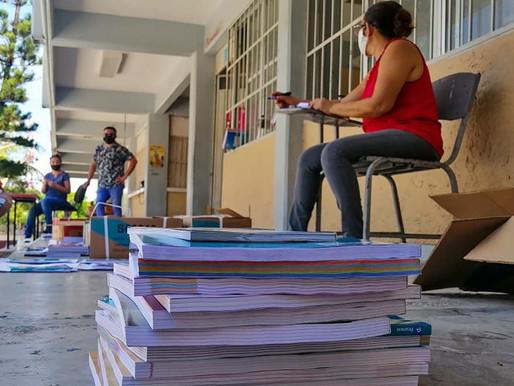 Padres de Familia Reiteran Rechazó de los Libros de Texto Gratuitos de la SEP