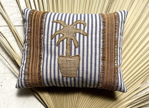 Palm in vase Cushion