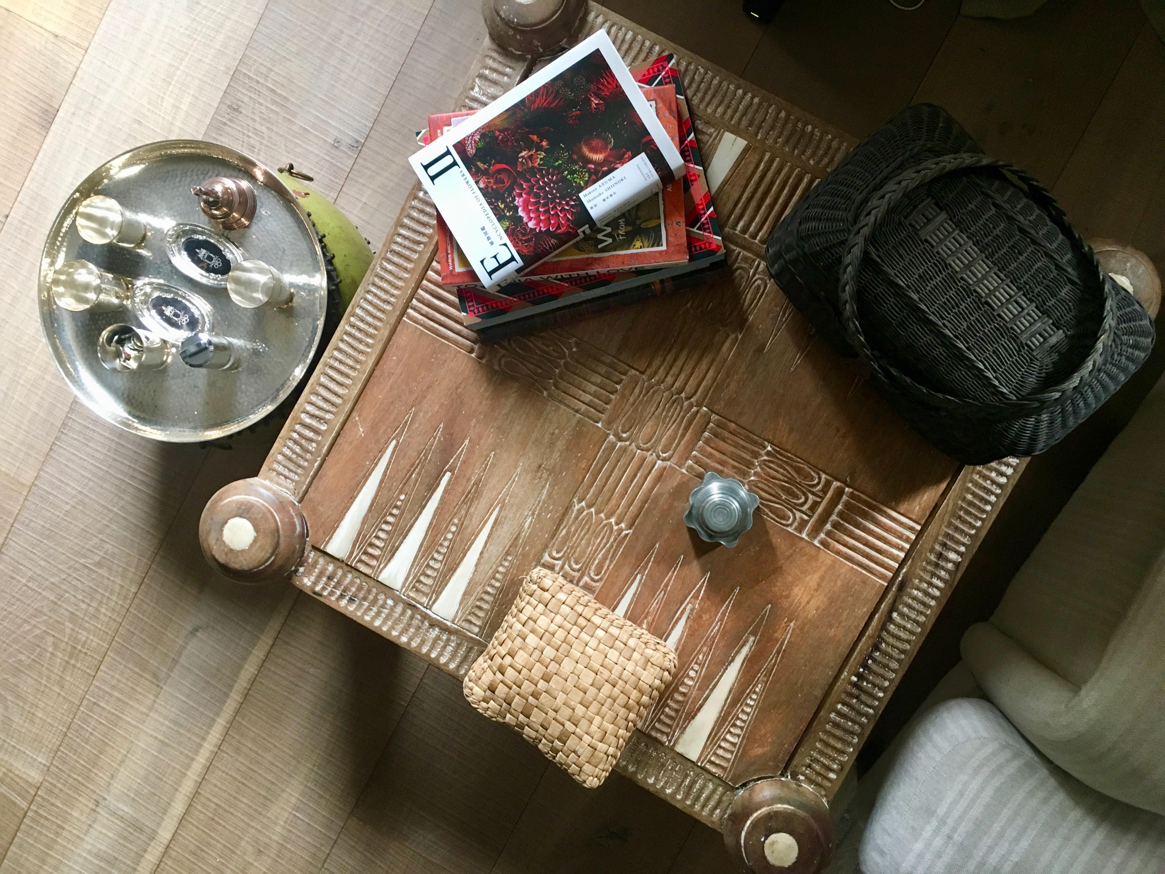 the palmist_backgammon table_london