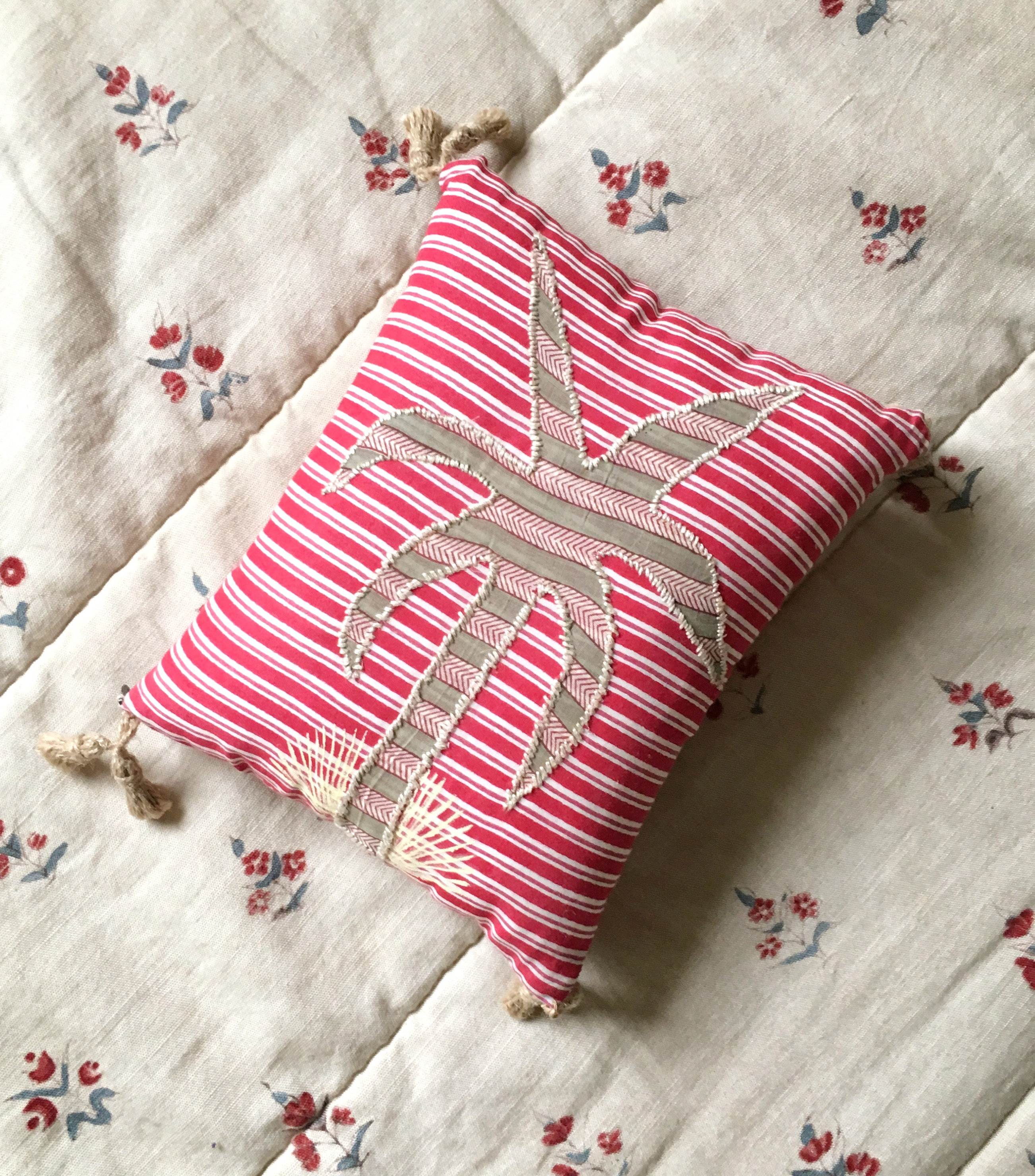 thepalmist_poetry cushions_Palmier d'Asi
