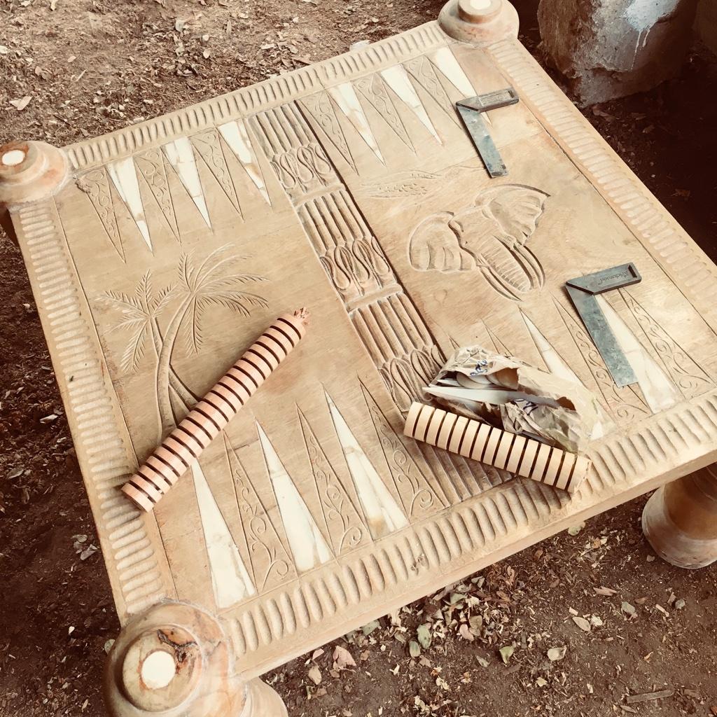 the palmist_backgammon table_making of