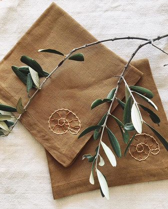 #madetomeasure Napkins in beautiful vint