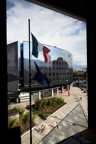 ouverture, bureau d'angle d'un chef de juridiction, palais de jusitce de Grenoble, photographie Nicolas Pianfetti