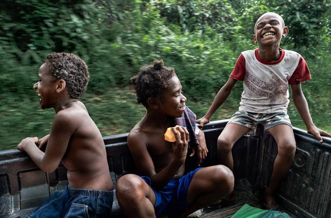 Steve, Janet et Oska, Hog Harbor, Vanuatu, 2019.