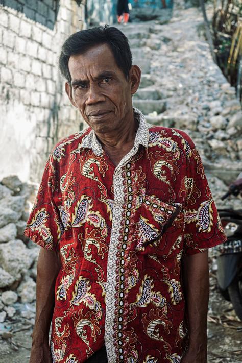 Man wearing batik, Tual, Indonesia, 2019.
