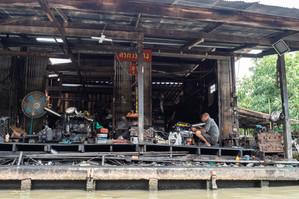 Mécanicien de bateaux, Thaïlande, 2020.
