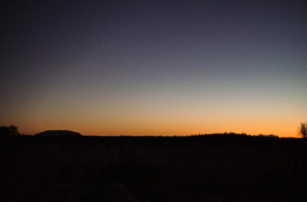 Uluru et Kata Tjuta à l'horizon, Australie, 2018.