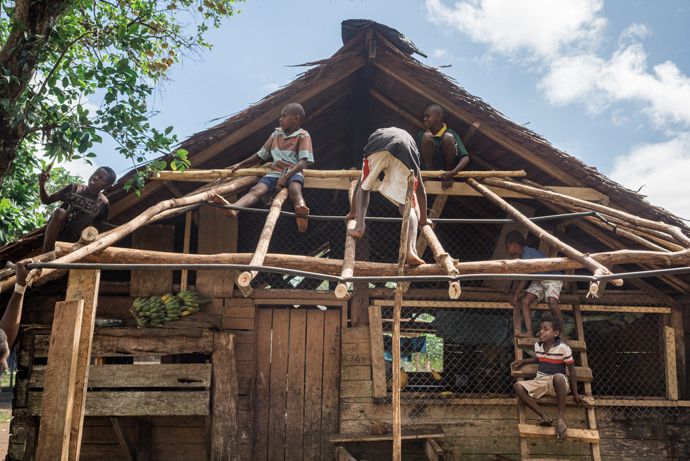 Jeunes charpentiers, Hog Harbor, Vanuatu, 2019.