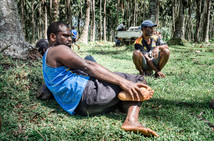 John et son frère, Sara1, Vanuatu, 2019.