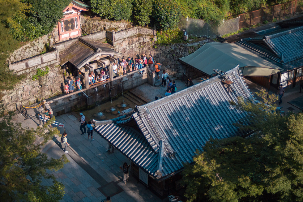 Line to the temple's fountain, Kyoto, Japan, 2018.