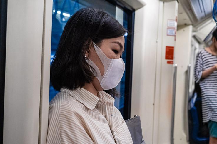 Femmes portant un masque, Bangkok, Thaïlande, 2020.