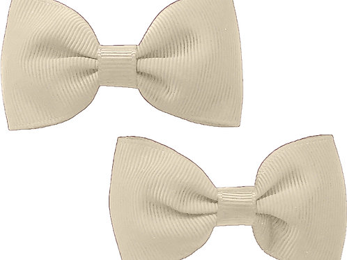 Classic Cream Traditional Bow (Set of 2)