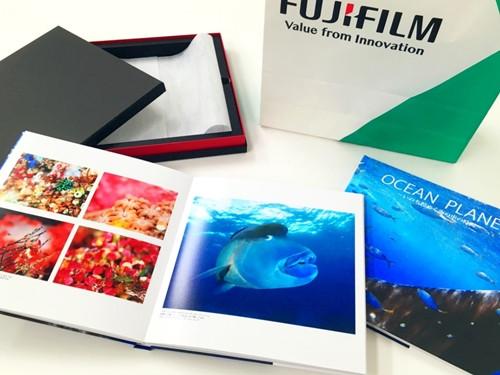 写真展OCEAN PLANETフォトブック完全受注生産にて販売します。