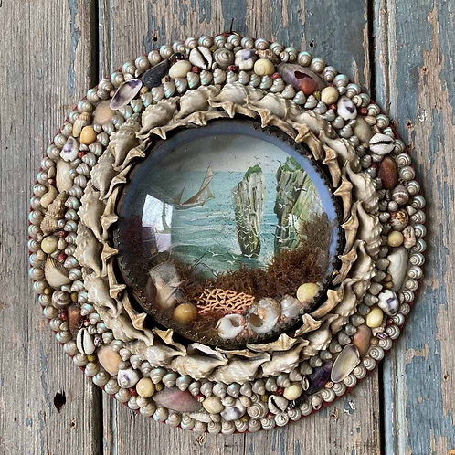 SOLD - Victorian sailor's shellwork valentine - Porthole