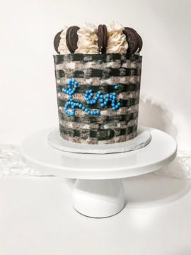 Plaid Oreo Cake