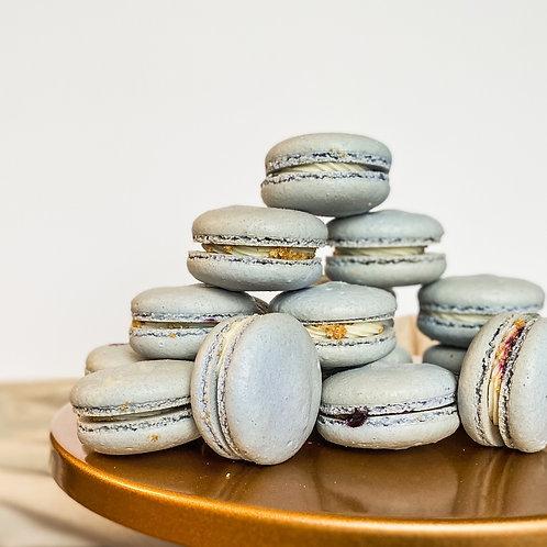 Macaron Dozen
