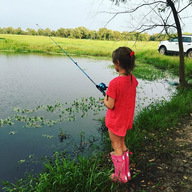 Even the kiddos love to fish on M2! 🐠🐟🎣🚣🏼