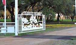 Teaghlach Meadow M2 entrance
